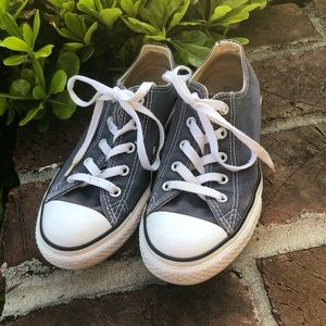 Converse navy All Star chucks size youth 2